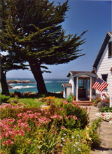 Exterior view of Agate Cove Inn overlooking the Pacific Ocean in Mendocino, CA